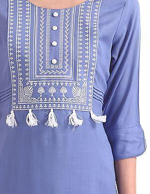 Anahi Embroidered Yoke Tassel Trim Kurta