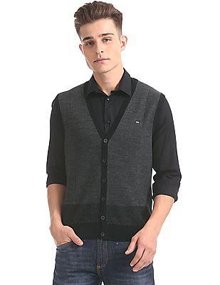 Arrow Sports Patterned Knit V-Neck Sweater