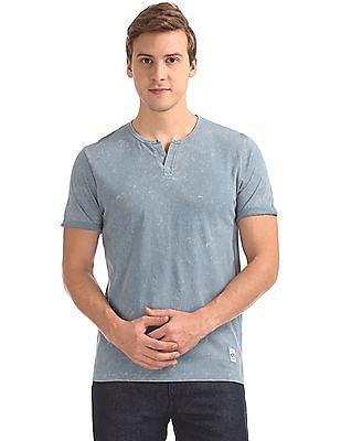 Cherokee Notch Neck Washed T-Shirt