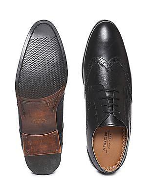 Arrow Wingtip Textured Brogue Shoes