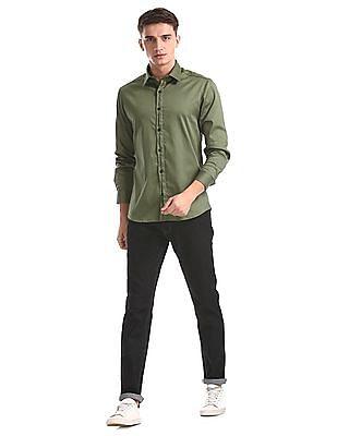 Excalibur Green Solid Super Slim Fit Shirt
