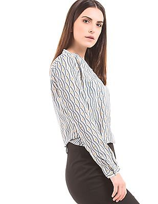 Arrow Woman Notched Neck Printed Top